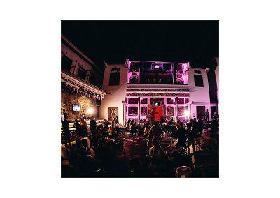 Yin Bar & Lounge